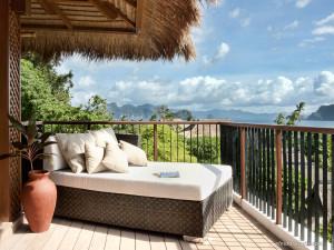 08. Pangulasian Island - Canopy Villa Veranda